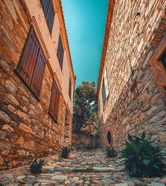 Söke Doğanbey Köyü Sokakları soke doganbey koyu sokak fotografi