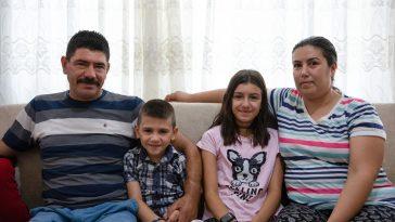 Türkiye'nin ilk çift kol nakilli hastası Cihan Topal kollarına gözü gibi bakıyor 20200819 2 43952835 57511781 Web