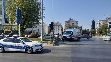 Aydın'da refüje çarpan otomobilin sürücüsü yaralandı 20200825 2 44038780 57650479 Web