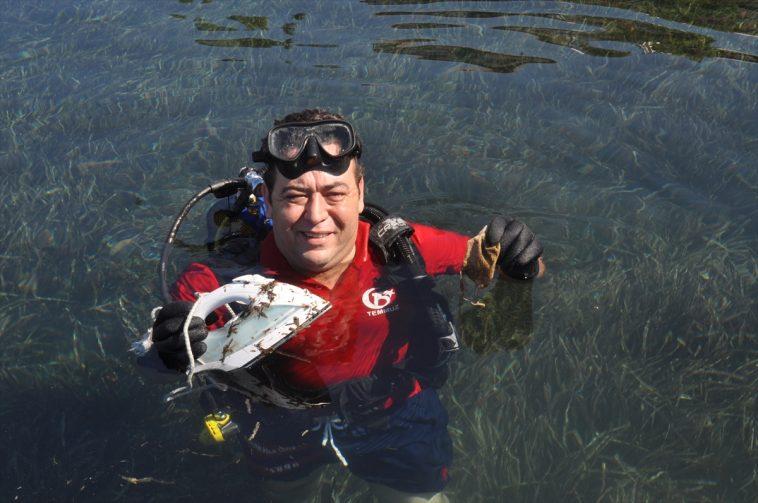 AK Parti Bodrum İlçe Başkanı Gökmen deniz dibi temizliği yaptı 20200902 2 44166433 57853309 Web