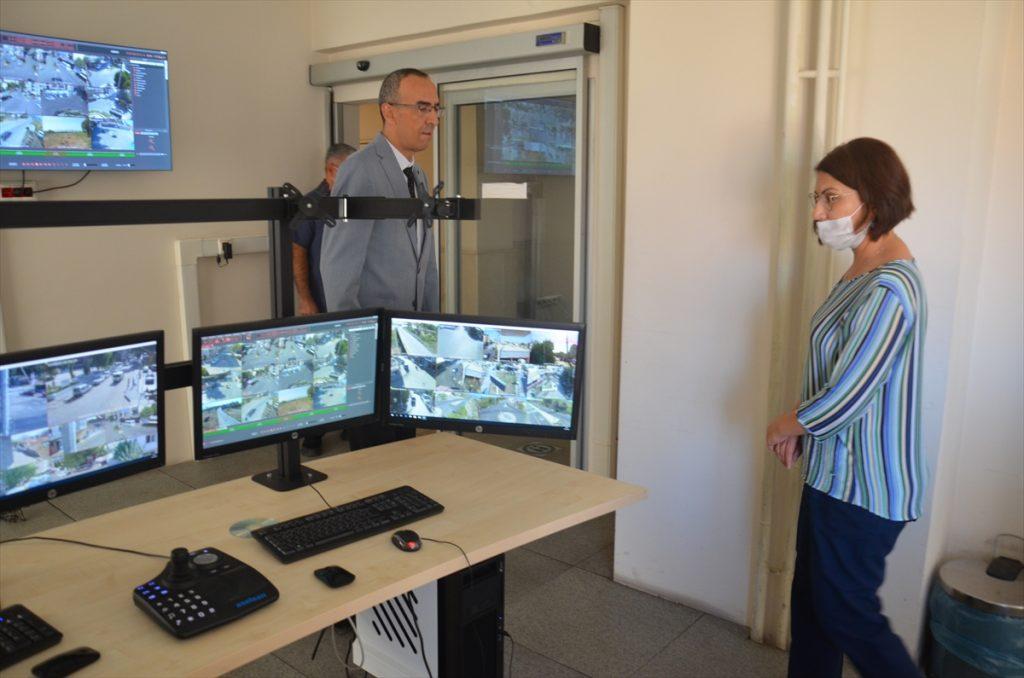 İncirliova Kaymakamı Baştürk'ten güvenlik güçlerine ziyaret 20200903 2 44182708 57878457 Web