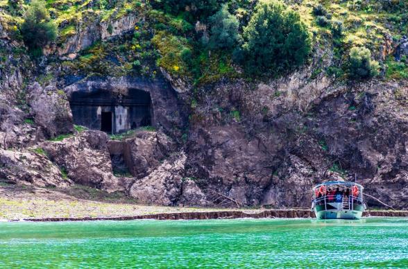 Arapapıştı kanyonu tekne turu fiyatları ve güzergahı hakkında bilgiler.