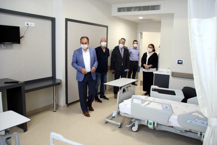 AK Parti Uşak Milletvekili Güneş, yapımı tamamlanan hastane ek binasını inceledi ek hastane binasini inceledi