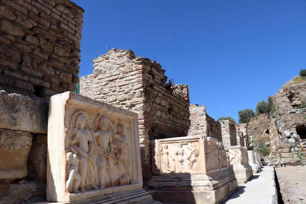 Aydın'daki Nysa Antik Kenti'nin tiyatro binası ayağa kaldırılıyor nysa antik kenti 4