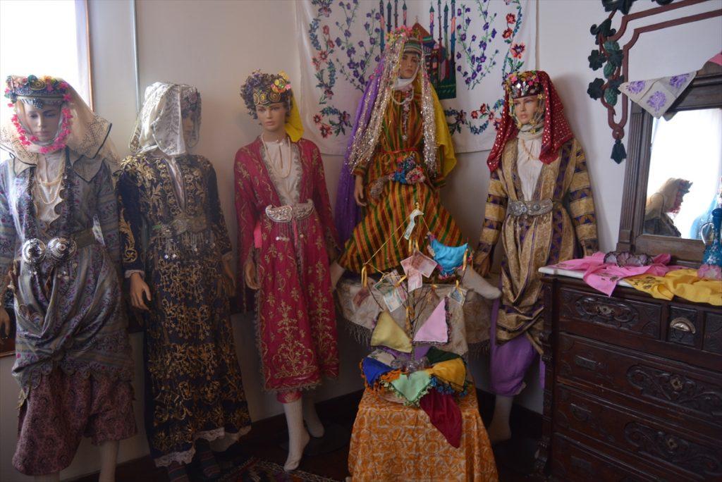 Soma'da kültür evi açıldı soma da kultur evi acildi 5