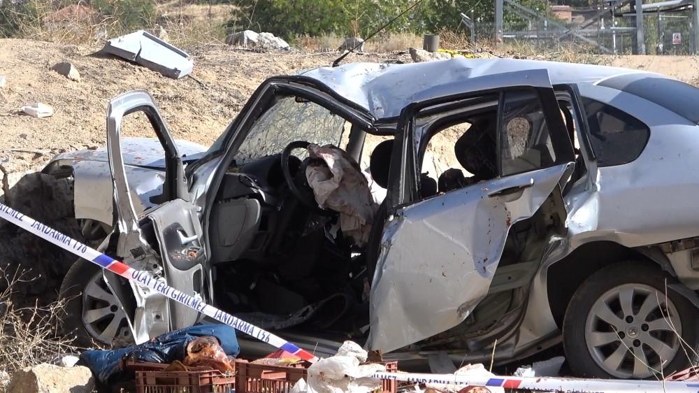 Otomobil köprüden düştü, sürücüsü sıkışarak can verdi otomobil kopruden dustu surucusu sikisarak can verdi 3 5M2tiEKI