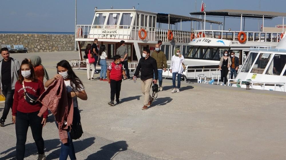 (Özel) Turizme korona virüs etkisi ozel turizme korona virus etkisi 1 YBn1Uy8V