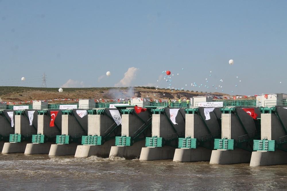 Tahtaköprü, Reyhanlı ve Büyükkaraçay barajları açıldı tahtakopru reyhanli ve buyukkaracay barajlari acildi 11 ZPkbDAun