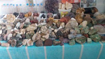 Toz haline getirilen taşlar sanat eserine dönüşüyor toz haline getirilen taslar sanat eserine donusuyor 4pewu3Yz