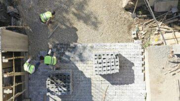 Aydın Büyükşehir mahalle yollarını yeniliyor aydin buyuksehir mahalle yollarini yeniliyor ViXwSK2V