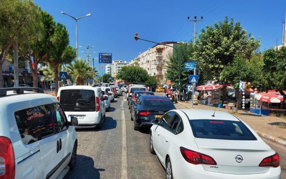 Aydın'da araç sayısı 472 bin 823 oldu aydinda arac sayisi 472 bin 823 oldu