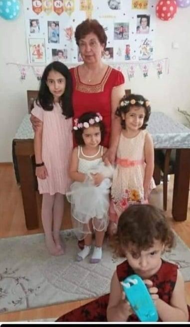 Babaanne ve 4 torunu depremde sağ kurtarılamadı izmir depreminde babaanne 4 torununun cansiz bedeni