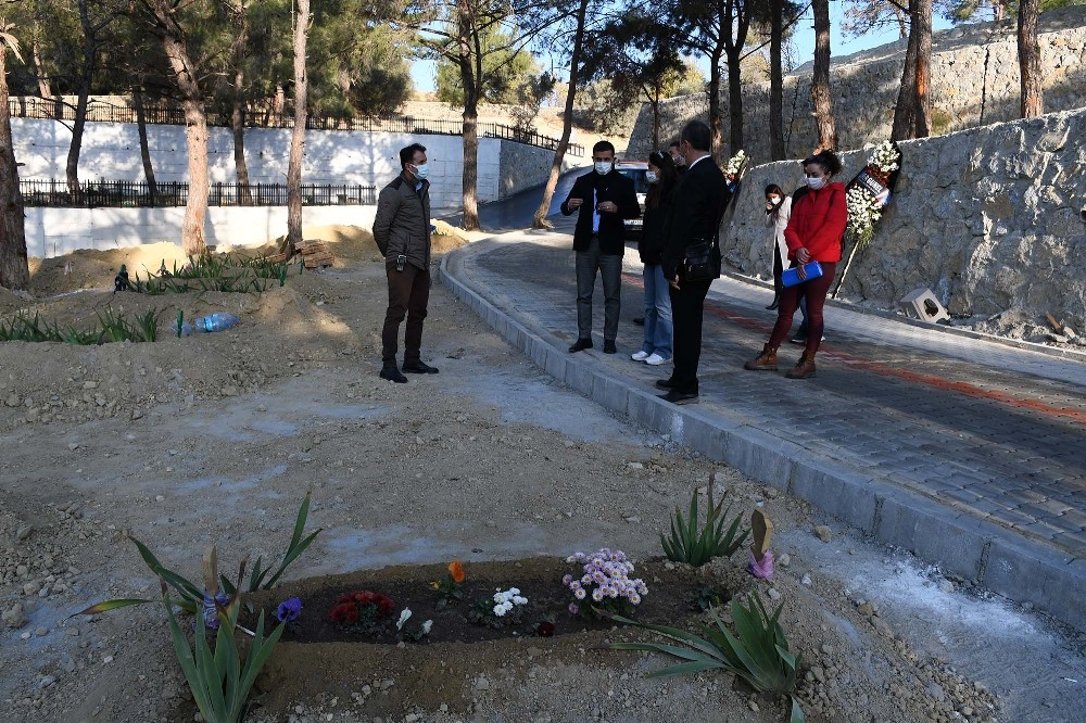 Kuşadası Yeni Asri Mezarlık'ta çalışmalar son aşamaya geldi kusadasi yeni asri mezarlikta calismalar son asamaya geldi 5 q23l6LsW