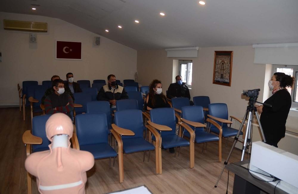 Kuşadası'nda belediye personeline ilk yardım eğitimi verildi kusadasinda belediye personeline ilk yardim egitimi verildi 1 Wnz18Awd