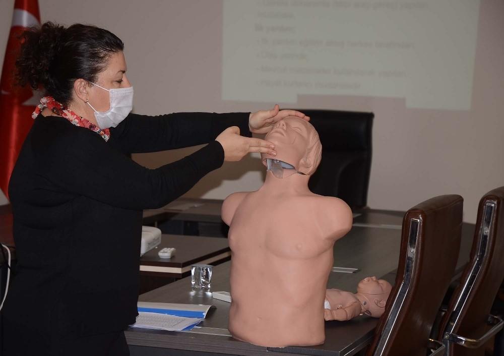 Kuşadası'nda belediye personeline ilk yardım eğitimi verildi kusadasinda belediye personeline ilk yardim egitimi verildi 2