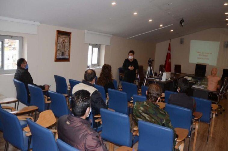 Kuşadası'nda belediye personeline ilk yardım eğitimi verildi kusadasinda belediye personeline ilk yardim egitimi verildi PIzCP5vJ