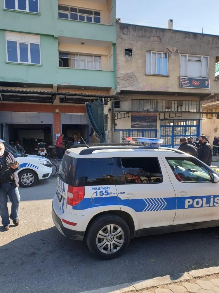 Nazilli'de bir kişi evinde ölü bulundu nazillide bir kisi evinde olu bulundu 3 QnMk4QwJ