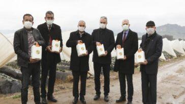 Aydın Büyükşehir Belediyesi'nden çiftçiye sıvı gübre desteği aydin buyuksehir belediyesinden ciftciye sivi gubre destegi vU2cPFdp